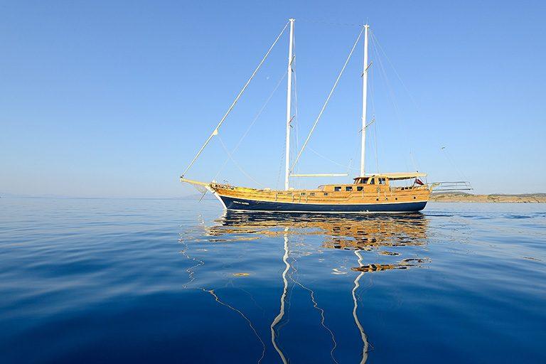 deluxe-gulet-charter-burc-u-zafer-02