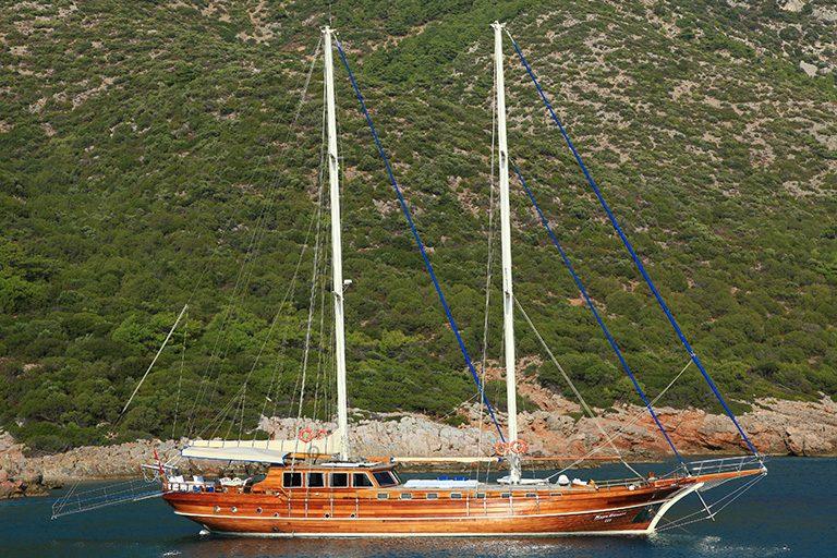 deluxe-gulet-charter-kaya-guneri-3-02