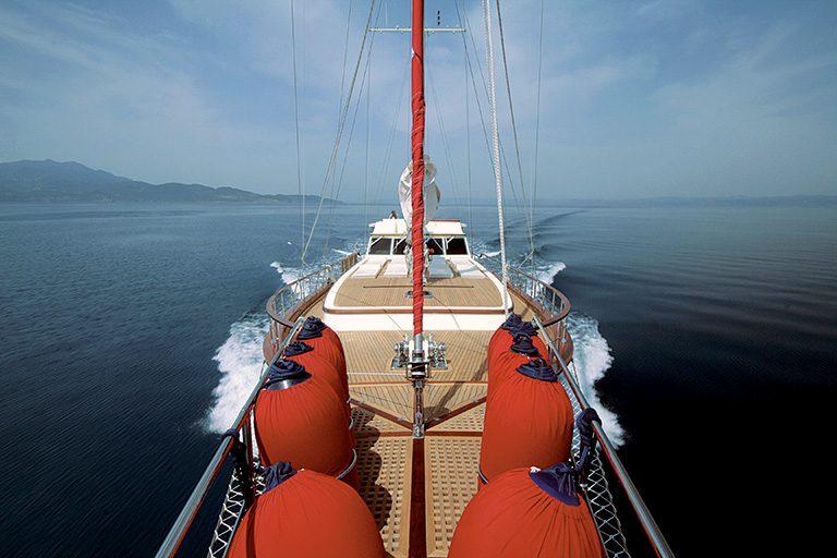 luxury-gulet-charter-serenity-86-01