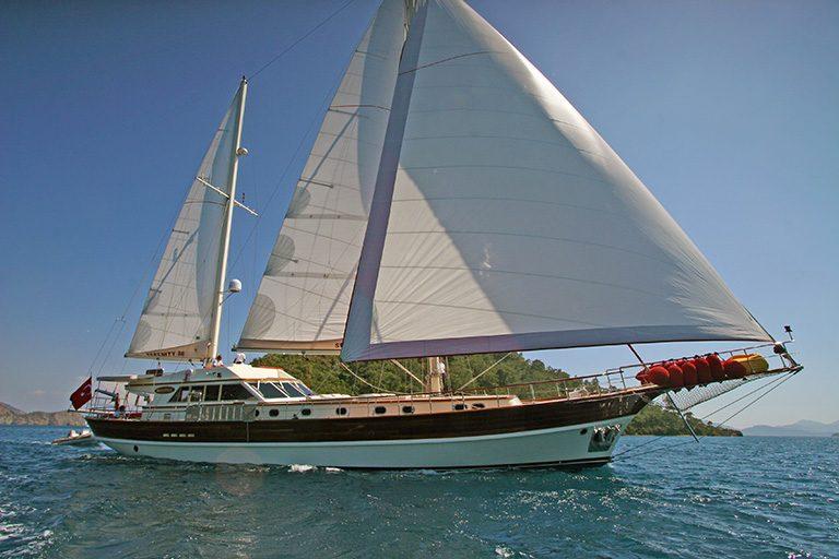 luxury-gulet-charter-serenity-86-02