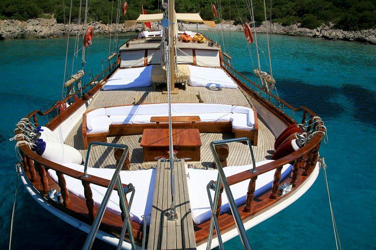 traditional-gulet-charter-kaya-guneri-II-05