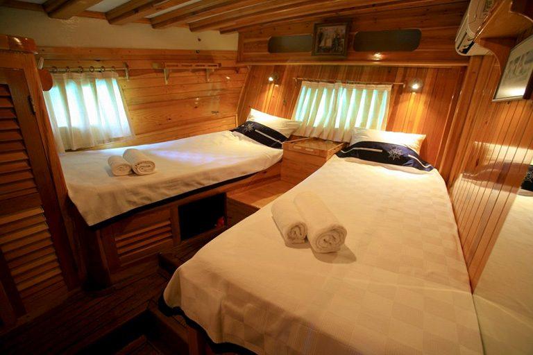 traditional-gulet-charter-kaya-guneri-II-09